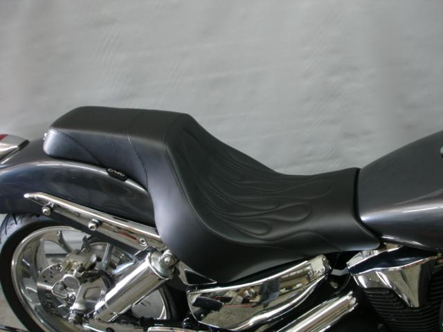 C&C Motorcycle Seats - Square Back - VTX 1300 R/S/T‏