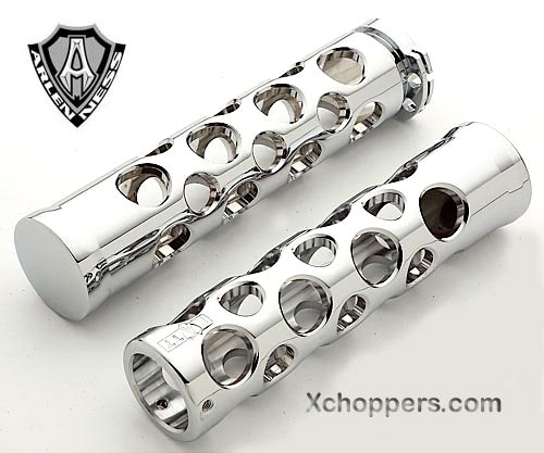 Arlen Ness Battistini Round Hole Grips for Suzuki, Yam., Kaw.